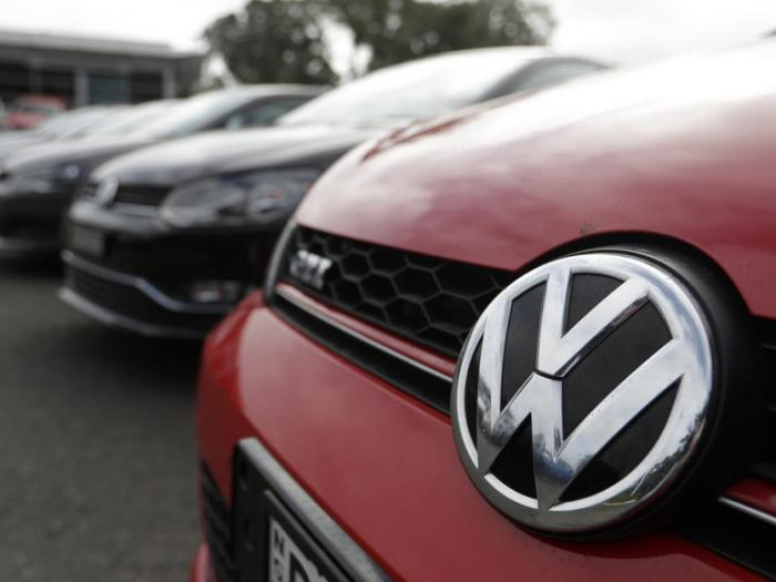 Mexico VW Dealership Apologizes over Nazi Photos